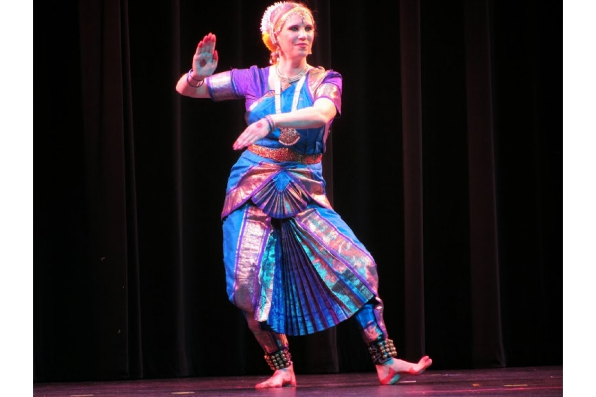 Photograph: Cultural Association of India, University of Missouri. From Annual India Night, 2013.